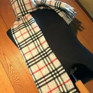 Authentic Burberry Cashmere nova check scarf